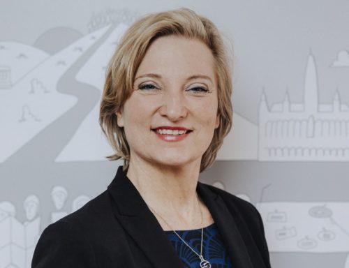 Barbara Freigang-Azadeh